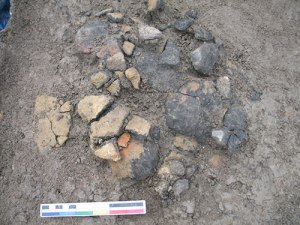 Dumping event, dominated by the sherds of one pot